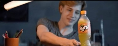 Fanta: squeeze the taste of the fun!