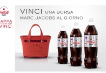 Con Coca-Cola light vinci una borsa Marc Jacobs al giorno. Scopri come…